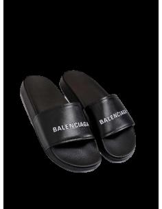 Chancletas Balenciaga unisex en material sintético negro